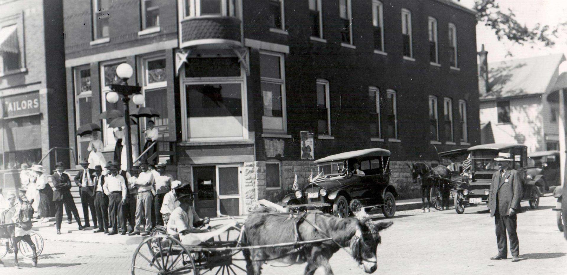Parade_Lawtons_Donkey_1919.jpg