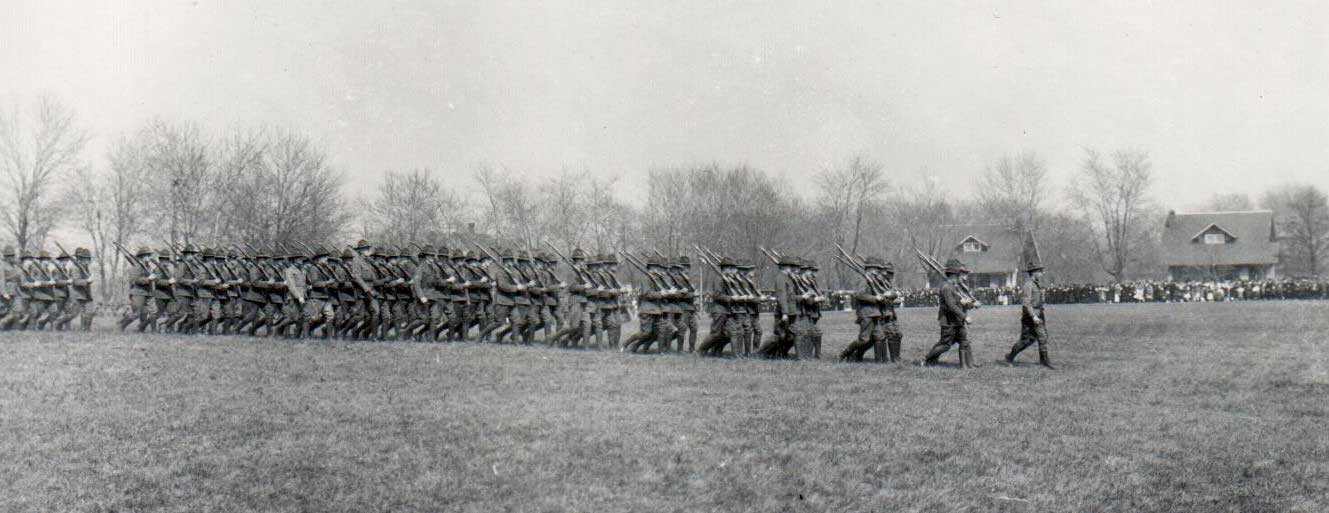 WWI-batallion-drill-by-HInsdale-Guards-A