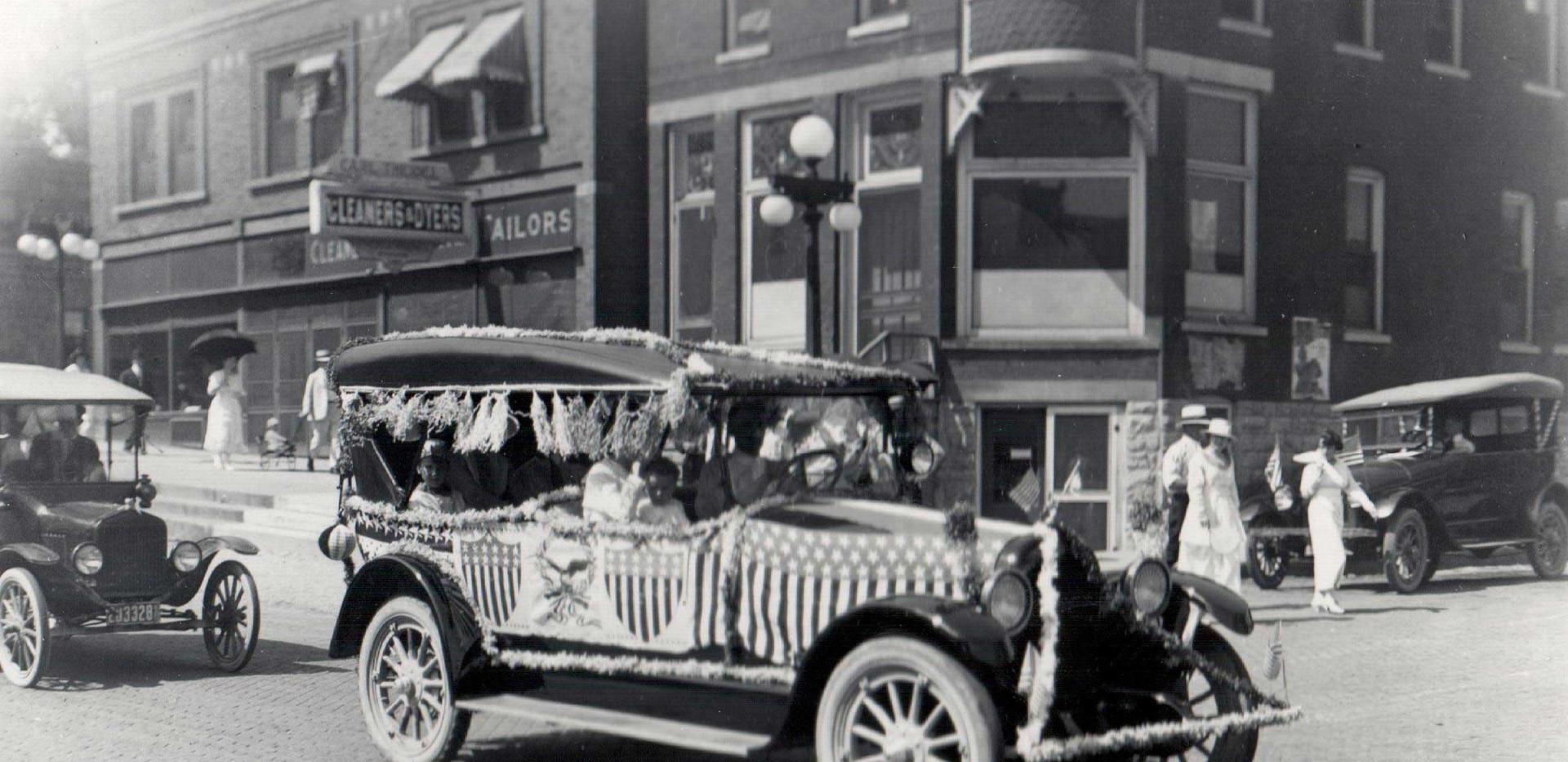 Parade_Kammeyers_Automobile_1919.jpg