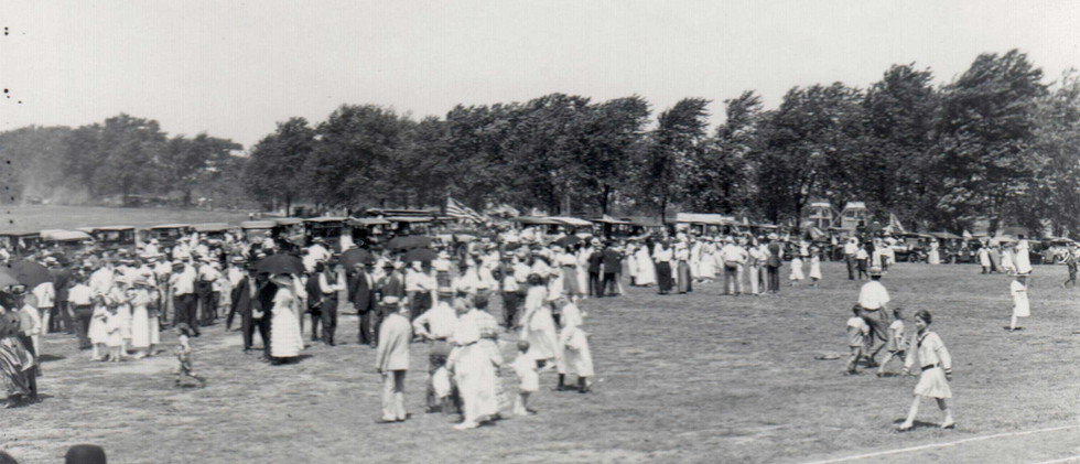 Parade_Parade_Grounds_1919.jpg