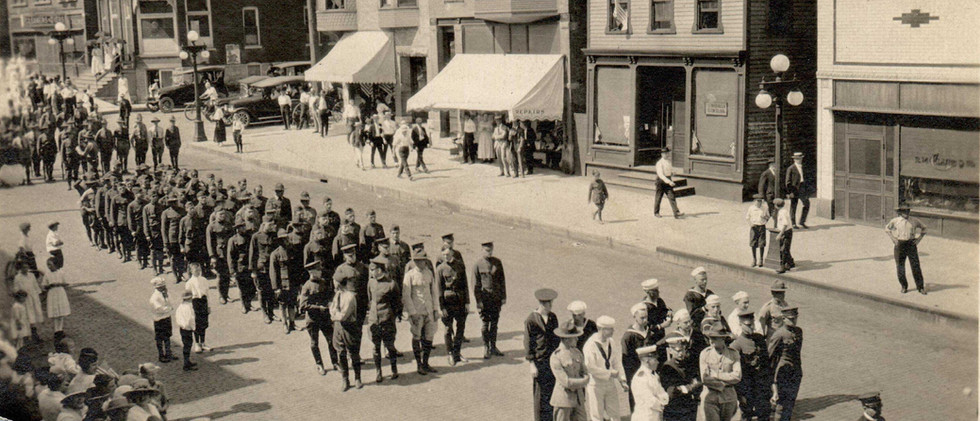 Parade_WW16.jpg