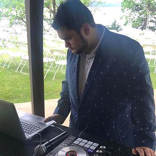 DJ turn table
