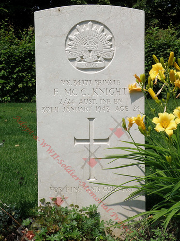 ITALY Udine War Cemetery 2/24th Infantry Battalion VX34777  Pvt Ewen Mccoll KNIGHT