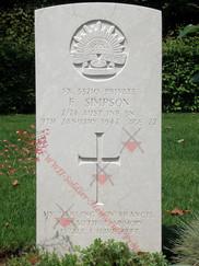 ITALY Udine War Cemetery 2/24 Infantry Battalion VX33210  Pvt Francis SIMPSON   2/24 Infantry Battalion VX33210 Pvt Francis SIMPSON  2/24 Infantry Battalion VX33210 Pvt Francis SIMPSON