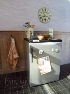 12th scale refrigerator scene