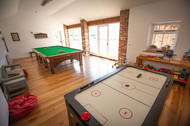 Ash Farm Barns - games room