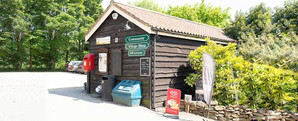 Tealby Shop, Tealby - front