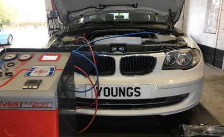 Youngs Garage, Tealby - test