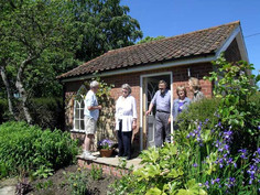 Pear Tree Cottage, Tealby - guests