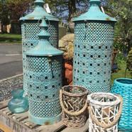 No.1 Kingsway, Tealby - lanterns