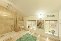 Clematis Cottage, Tealby - bathroom