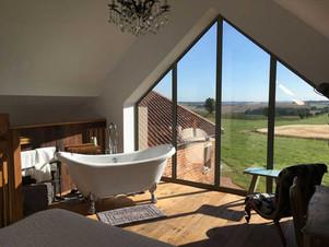 Horizon barn - view