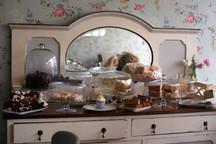 The Vintage Tearooms, Tealby - cakes