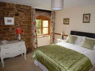Papermill Cottages, Tealby - bedroom