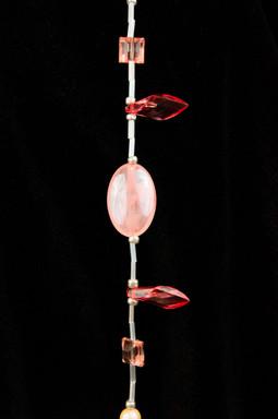 peach-pink-white-bead-01.jpg