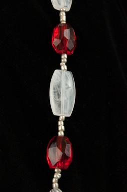 white-red-silver-bead-01.jpg