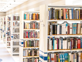Nowości biblioteczne i międzyszkolny konkurs