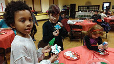Cookie decorating kids7.jpg