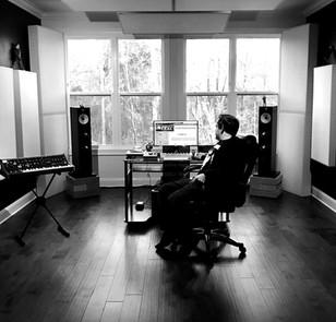 Studio 5_edited.jpg