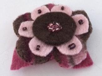 Lapel pin- pink, brown