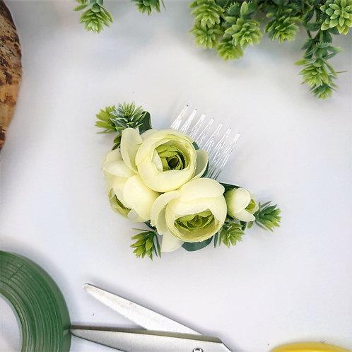 Cream Ranunculus, Succulent, Eucalyptus Hair Comb