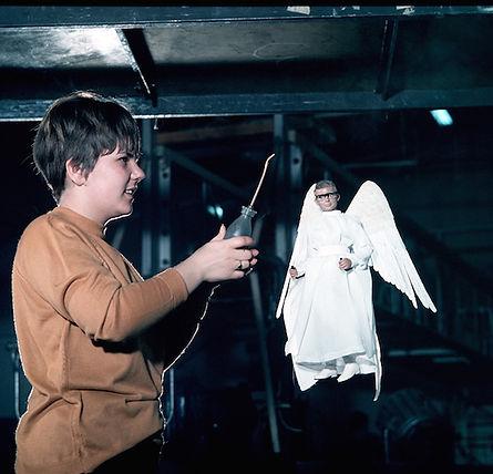 Joe 90 as angel wire removal