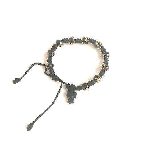 MD005 Denario Hilo Negro bolitas negras y doradas