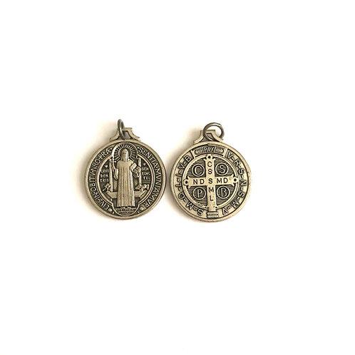 J066 Medalla de San Benito