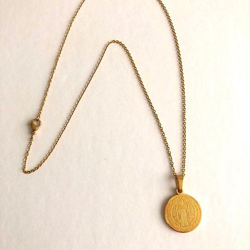 MC002 Cadena con Medalla San Benito dorada