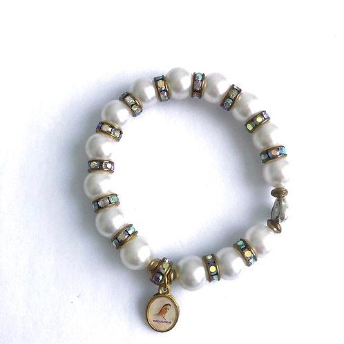 MP001 Pulsera de Perlas Hilo Nylon con Medalla Virgen Medjegourge