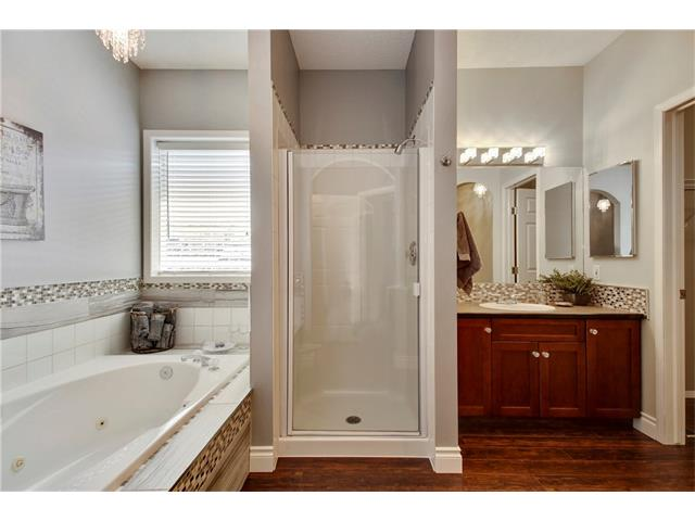 master ensuite 2nd view