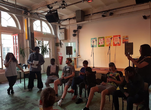 Rencontre entre les élus du 14ème arrondissement de Paris et les jeunes de l'AJE-Paris