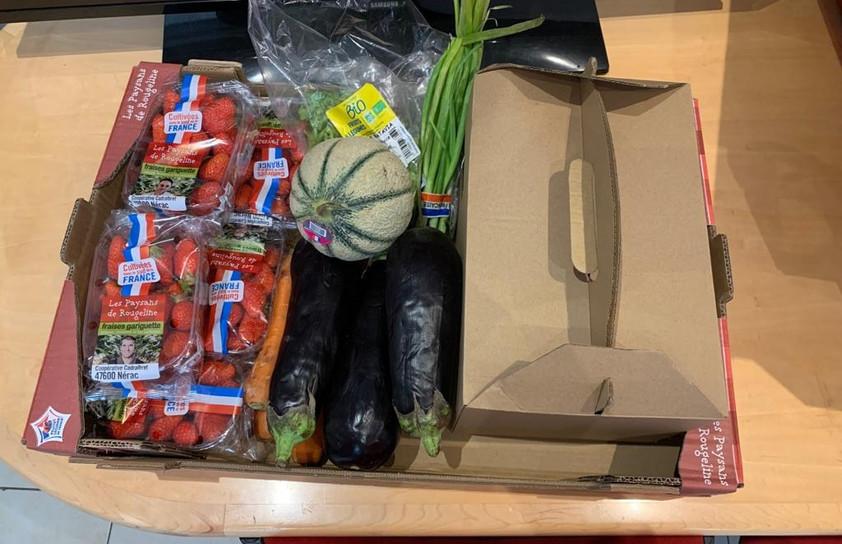 panier repas distribuer aux jeunes de l'AJE-Paris