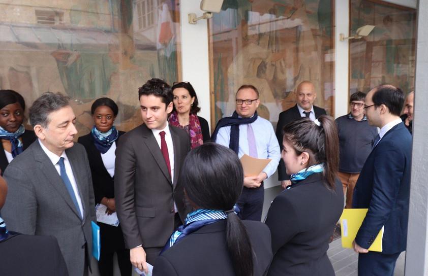 Visite au lycée Erik Satie de M. Gabriel ATTAL, quand il était Secrétaire d'État auprès du ministre de l'éducation, en charge de la jeunesse.