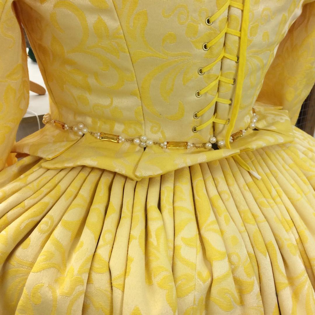 Cartridge pleated skirt