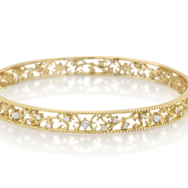 18k & Diamond Bangle