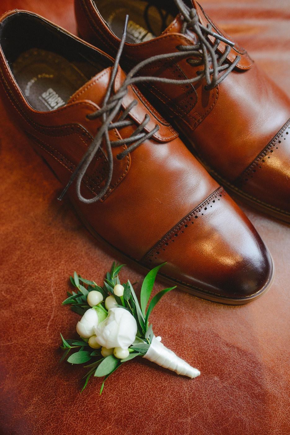 Change & Wei Wedding-Sense Events-多伦多婚礼策-groom shoes