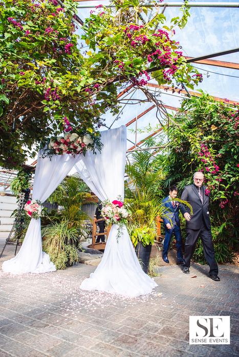 Mei & Louis Wedding -Madsen's Greenhouse Newmarket-Sense Weddings & Events-多伦多婚礼策划-Ceremony i.PNG