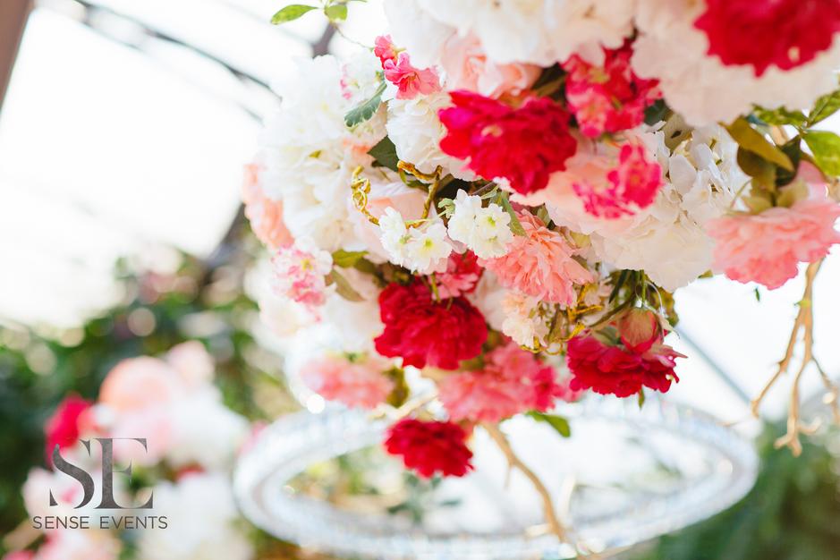 Mei & Louis Wedding -Madsen's Greenhouse Newmarket-Sense Weddings & Events-多伦多婚礼策划-Head Table Decor.PNG