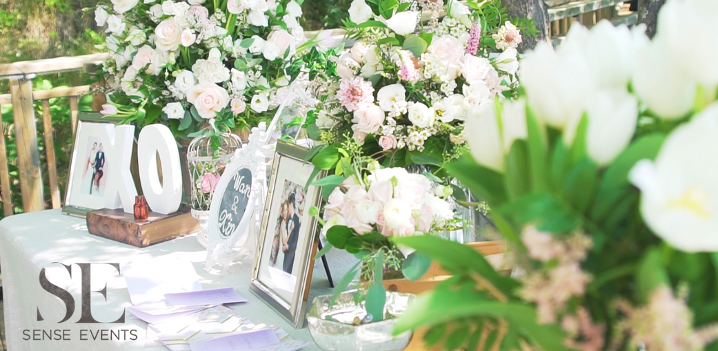 Wan & Michael Wedding -Muskoka Touch Stone Resort-Sense Weddings & Events-多伦多婚礼策划-Receiving Table 迎宾桌.PNG