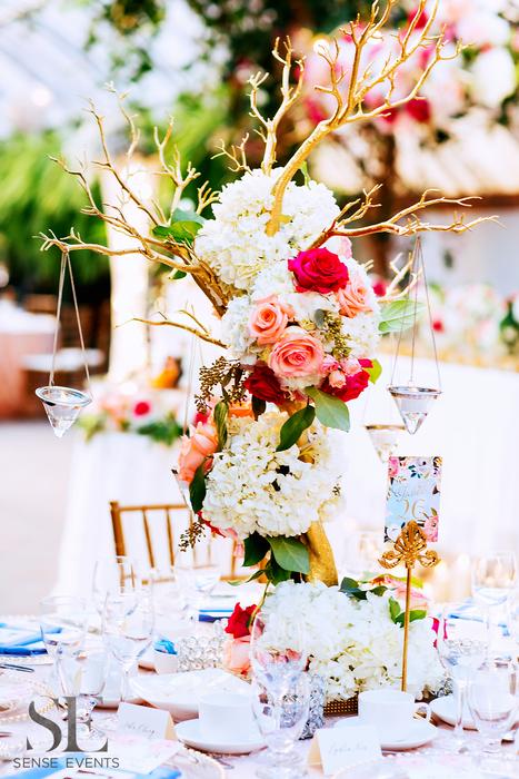 Mei & Louis Wedding -Madsen's Greenhouse Newmarket-Sense Weddings & Events-多伦多婚礼策划-Centerpieces 2.PNG