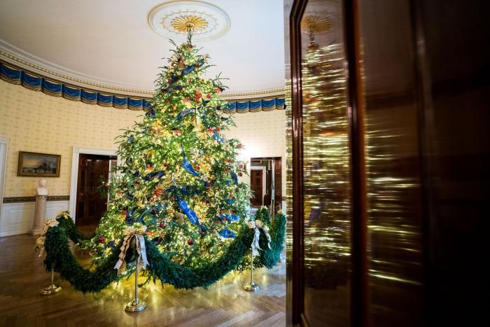 White House Christmas Tree photo