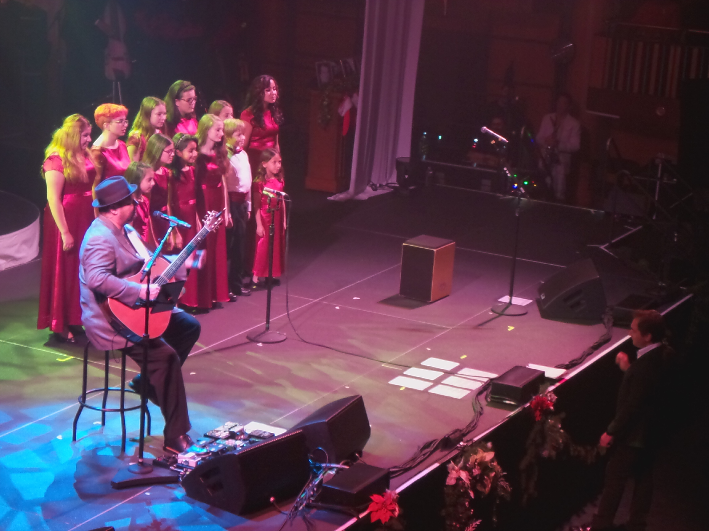 MUSYCA Children's Choir sings with Christopher Cross