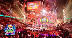 MUSYCA+Childrens+Choir+perform+with+Aloe+Blacc+at+Nickelodeon+Kids+Choice+Awards