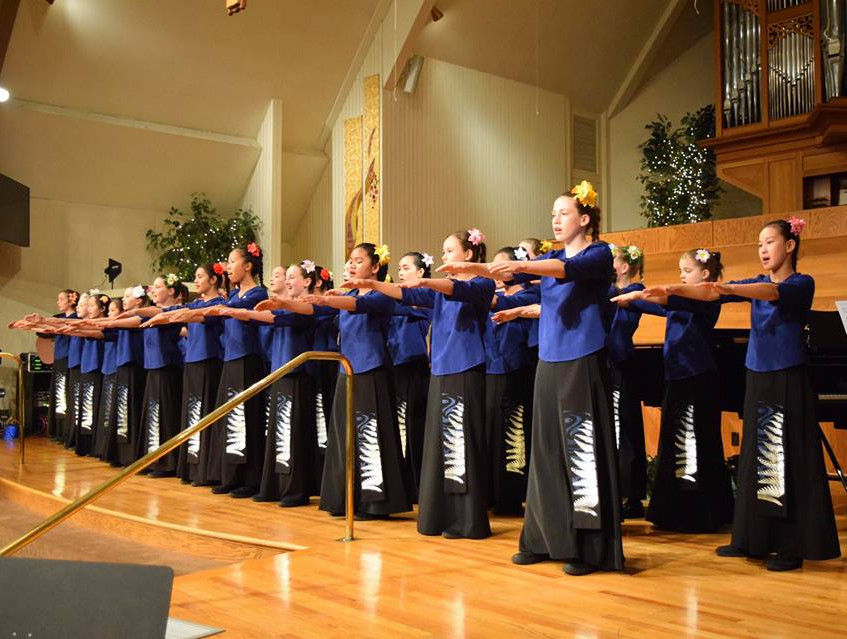 Auckland Girls Choir performs in Los Ang