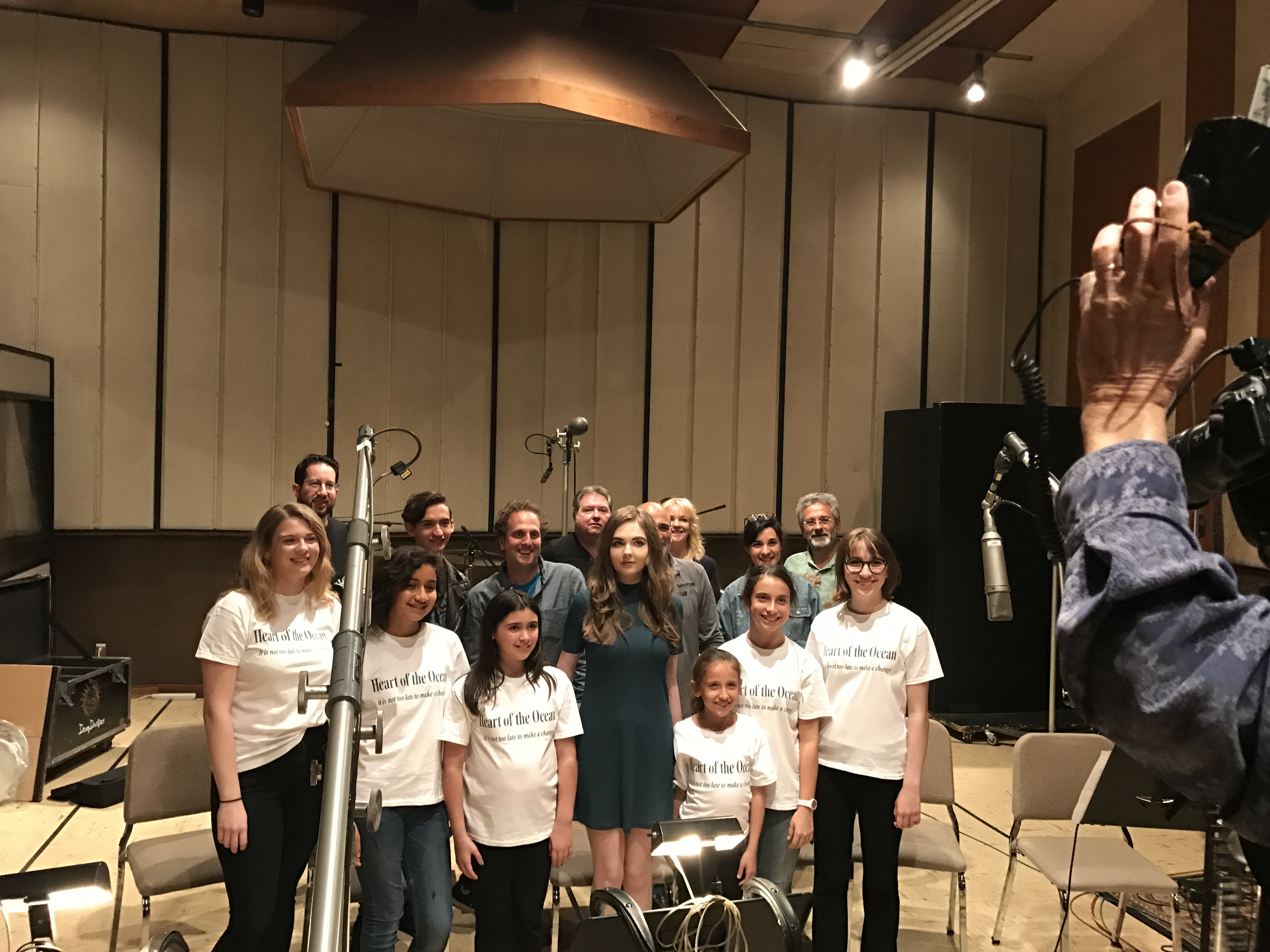 MUSYCA Children's Choir with Maisy Kay and Wonders of the Sea 3D Team