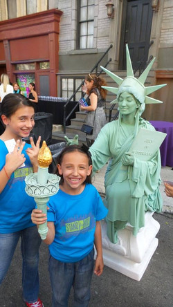 Maya and Natalie with Lady Liberty 20th Century Fox
