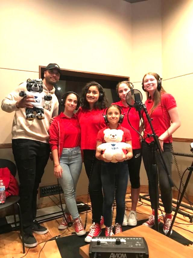MUSYCA singers, Build a Bear radio, Moz