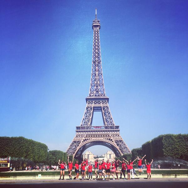 MUSYCA+Childrens+Choir+in+Paris+at+the+Eiffel+Tower