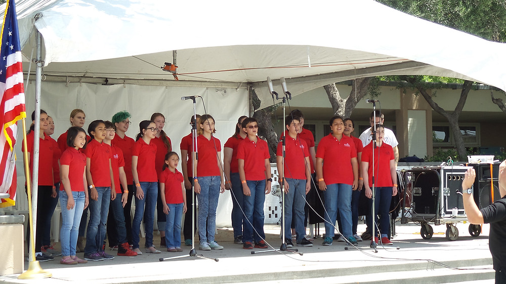 The Children's Choir performs at Relay for Life charity event in Chatsworth, CA